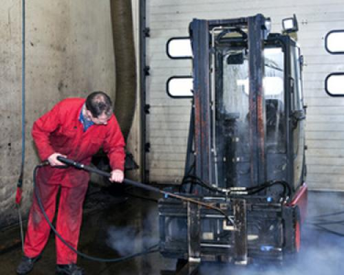 Industrial Degreasing – Purchasing the Right Degreaser for Your Demands